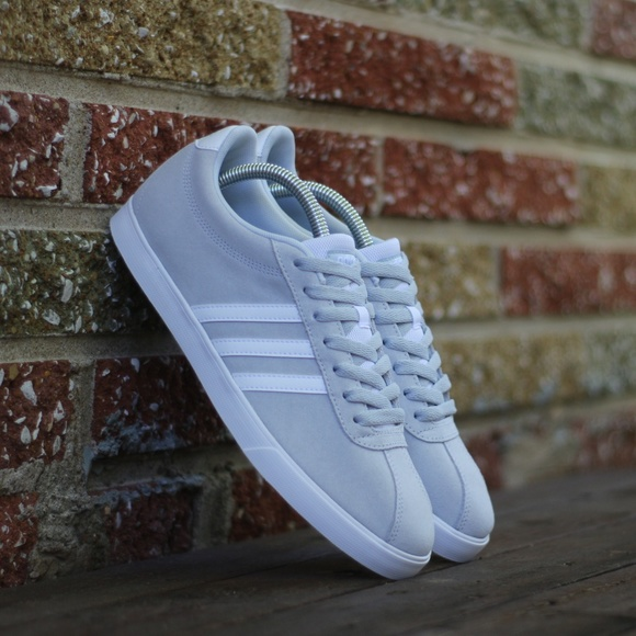 reputable site d5702 546e6 Adidas Womens Size 10 Courtset Suede Sneakers